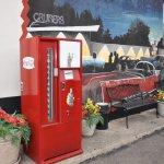 Old Coca-Cola machine