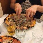 funghi e salsiccia:i funghi sono un velo...