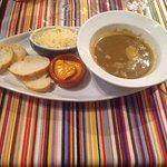 soupe de poisson (croûtons, fromage, rouille)