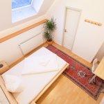 Verdistr. 21 Doppelzimmer mit WC/Dusche, Kabel TV, W-LAN