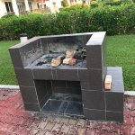 "BBQ Pit at the S$500/night ""Luxury Villa"". Not there is anyplace to buy BBQ food or supplies"