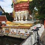 Photo de SpiceRoads Cycle Tours - Day Tours