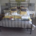 fabbbbbbbbulous comfy king size bed