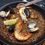 main course - Paella Ca La Nuri [with seafood]