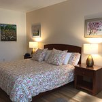McKenzie Orchards Bed and Breakfast Inn Photo