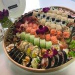 Kompozycja indywidualna - zestaw sushi - pyszne