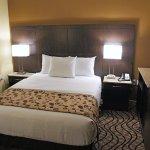 Photo of La Quinta Inn & Suites Oshawa