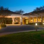 Photo of Courtyard Dallas Addison/Midway
