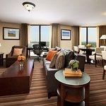 Photo de Sheraton Dallas Hotel by the Galleria