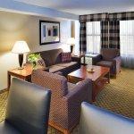 Photo de Holiday Inn Dayton Fairborn I-675