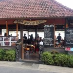 Foto de Tawe Beach Bar & Grill