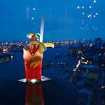 Cocktail in der Skyline Bar 20up