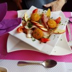 salade janbon framage chaud entree