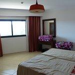 2 bedroom apartment - twin room (overlooks walkway/corridor)