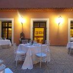 cour intérieur restaurant romantique
