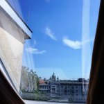 Roof Garden Suite-view out the bathroom window