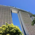 Marvel , Marina bay sands is a structural marvel, huge yet looks like a sculpture. Salute to the