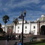 Piazza e cattedrale..e gens