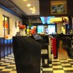 Coast Line Diner resmi