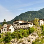 Schlosshotel Dörflinger ... hoch über den Dächern von Bludenz