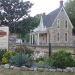 Entrance & Berry Cottage