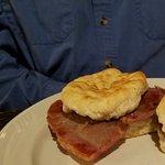 Ham biscuirs
