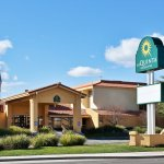 Photo of La Quinta Inn & Suites Redding