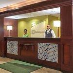 Photo de Holiday Inn Chicago-Carol Stream