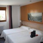 Foto de Picos de Valdecoro Hotel