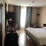 Chambre double avec grand lits