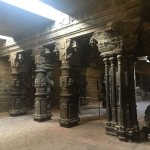 Nellaiyappar Gandhimathi Amman Temple is a massive one with three prahaarams & lots of sculpture