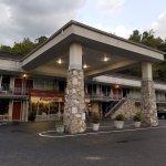 Frontier Motor Lodge