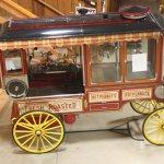 popcorn / nut wagon from upper level