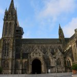 Saint Pol : cathédrale Saint-Paul-Aurélien. Ciel bleu sans trucage !
