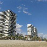 Grattacieli a pochi passi dalla spiaggia