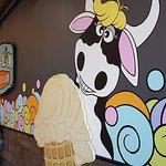 Moo-Lix Ice Cream decor