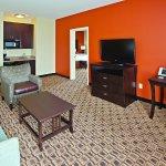 Photo of La Quinta Inn & Suites Columbus - Edinburgh