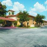 Photo of La Quinta Inn San Antonio I-35 N at Rittiman Rd