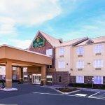 Photo of La Quinta Inn & Suites Dallas Mesquite