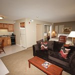 Foto de Eastland Suites Hotel & Conference Center of Champaign-Urbana