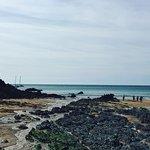 Photo de Hope Cove Beach