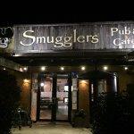 Smugglers Pub and Cafe entrance