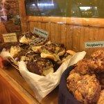 Bear's Paw Bakery Foto