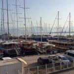 Alesta Yacht Hotel Photo