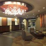 Photo de DoubleTree by Hilton Wichita Airport