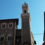 Foto van Piazza Bovio Piombino Livorno