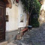 Las calles típcas de Cadaqués esconden el secreto de este bonito local