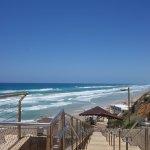 спуск на приотельный пляж