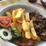 Photo of Restaurant Komedor Krioyo - Landhuis Dokterstuin