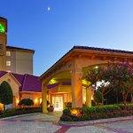 Photo of La Quinta Inn & Suites Dallas North Central